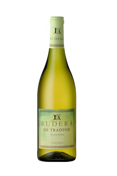 Rudera de Tradisie Chenin Blanc 2015 has a complex nose of green apples, smoky melon and orange blossoms. The citrus flavours follow through on the pallet, with lime leading grapefruit, quince and cinnamon onto a rich but refreshing palate. It is a well balanced wine with great integration of oak and a lovely long finish with a yeasty undertone. It is a very flavoursome wine.